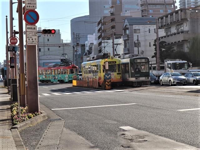 高知の街を走る路面電車、いろんな路面電車にびっくり、可愛い高知の路面電車と観光巡り_d0181492_00225835.jpg