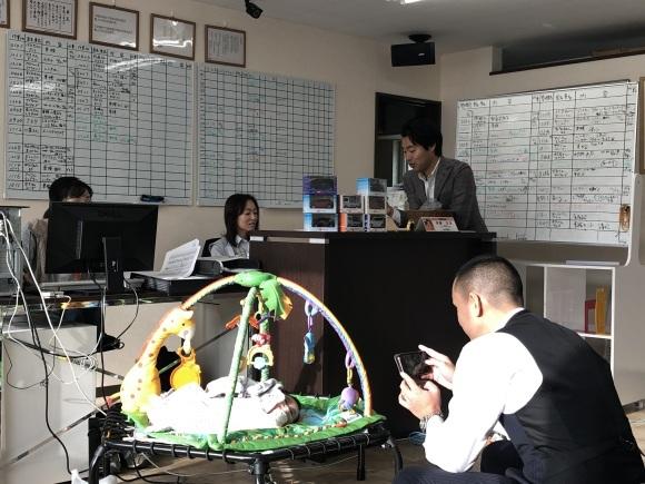 1月16日(木)本店ブログ☆彡S63ベンツ✊ありますよ♪ ランクル ハマー アルファード♪ _b0127002_18583072.jpg