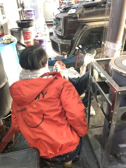 1月16日(木)本店ブログ☆彡S63ベンツ✊ありますよ♪ ランクル ハマー アルファード♪ _b0127002_19121921.jpg