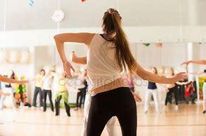 筋肉をいかに使うかがダンスの極意_b0179402_10350204.jpg