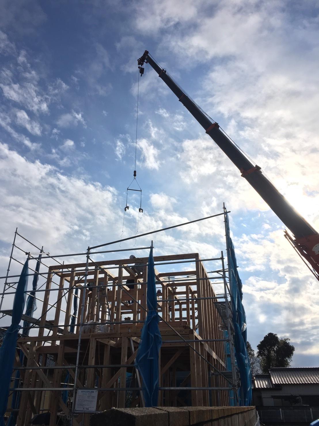 「桜川の家」が上棟しました!_a0059217_08291852.jpg