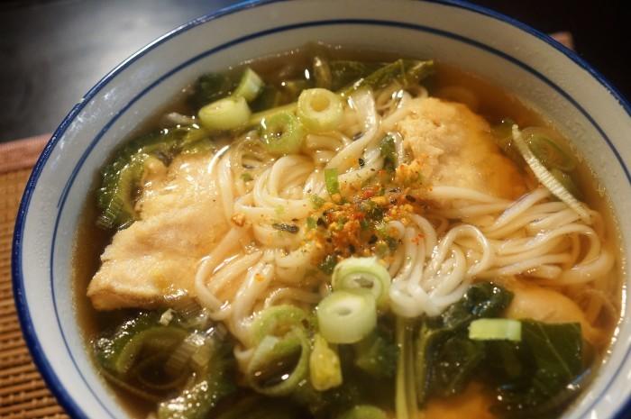 ■昼麺【鶏肉とゴーヤ入り細うどうどん】_b0033423_07061252.jpg