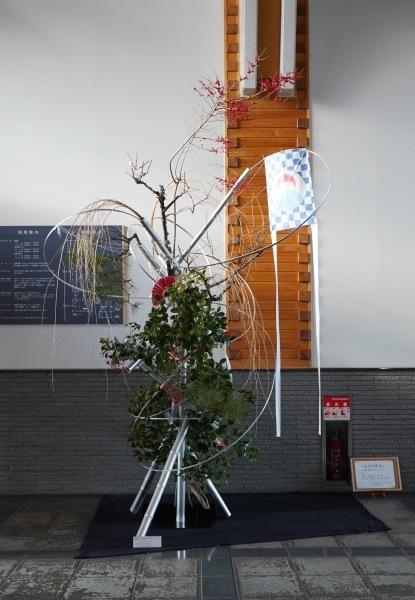 五戸町図書館正月花 ビフォー&アフター_c0165824_21440761.jpg