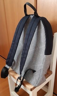初縫いはリュック_f0129726_18102542.jpg