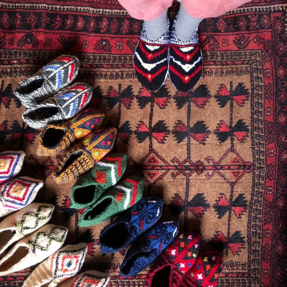 冬の愉しみ イランの靴下とダーニング展_d0156336_19551323.jpg