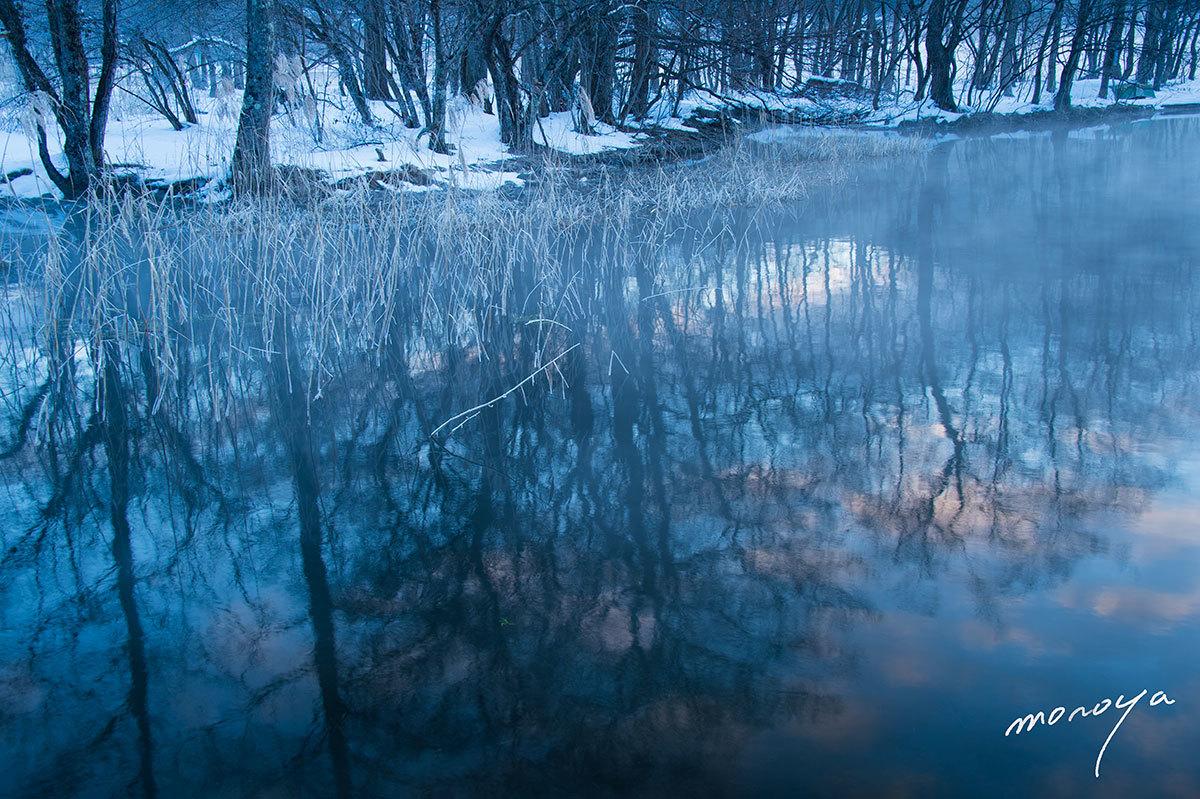 夜明けの湖_c0085877_00572387.jpg