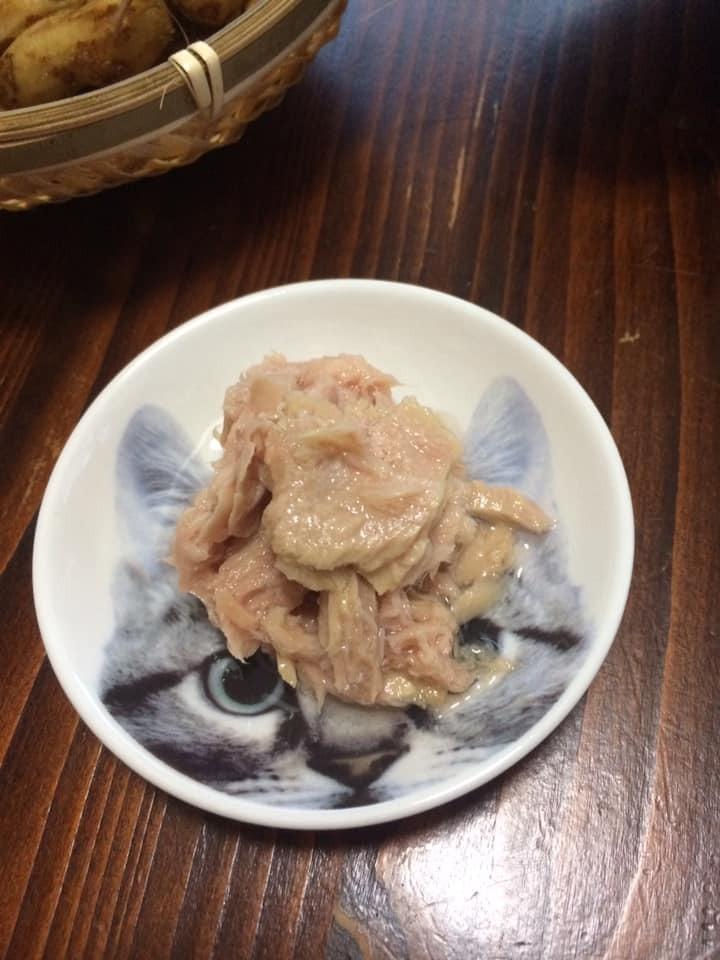 ツナ缶は醤油で食べるのが好き_d0061678_11294271.jpg