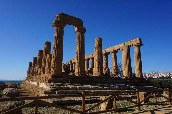 シチリア島の都市 アグリジェント_e0365880_23154051.jpg