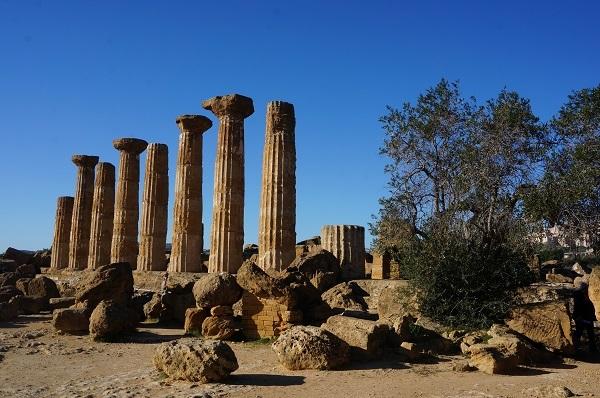 シチリア島の都市 アグリジェント_e0365880_23174874.jpg