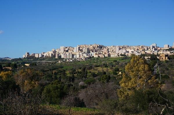 シチリア島の都市 アグリジェント_e0365880_23191238.jpg