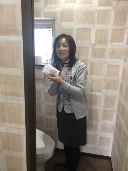 1月17日(金)本店ブログ★ハマーH2(●^o^●)エスカレード ベンツ ハマー✨_b0127002_18035244.jpg
