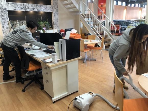 1月17日(金)本店ブログ★ハマーH2(●^o^●)エスカレード ベンツ ハマー✨_b0127002_18051163.jpg