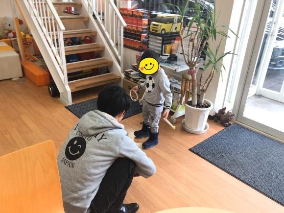 1月17日(金)本店ブログ★ハマーH2(●^o^●)エスカレード ベンツ ハマー✨_b0127002_18204902.jpg