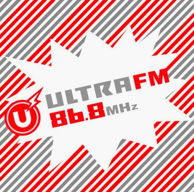 M78星雲?地域に情報を届けるウルトラFMで「くるナイ」!_b0183113_00312356.jpg
