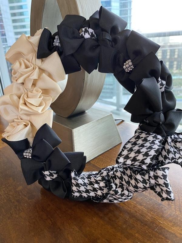 【Ribbon Wreath Black & Cream リボンリース・ブラック&クリーム】_c0196240_03510445.jpeg