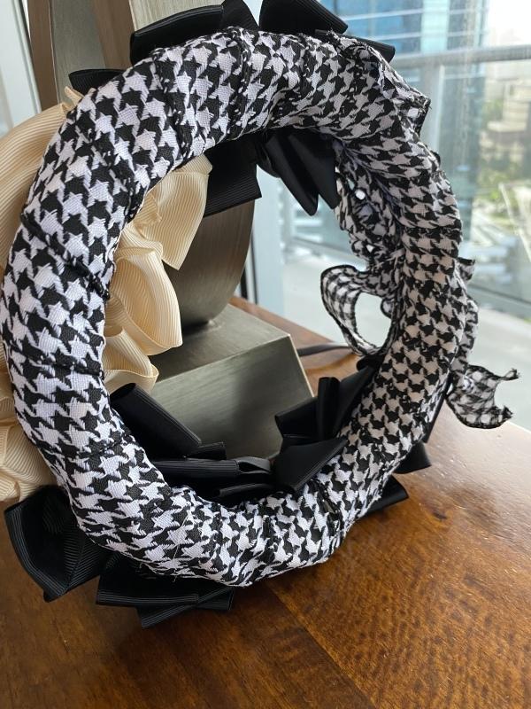【Ribbon Wreath Black & Cream リボンリース・ブラック&クリーム】_c0196240_03513796.jpeg