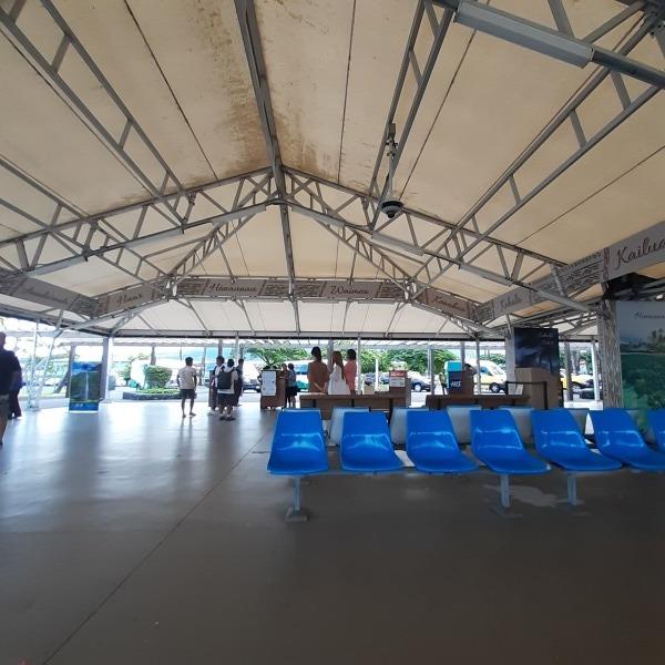 コナ空港の送迎しています。_b0126453_02242187.jpg