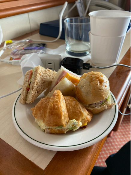 3日目 11月6日に食べたもの。ランチは久しぶりにパブランチ。ダイヤモンドプリンセス沖縄台湾クルーズ25_f0054556_14434414.jpg