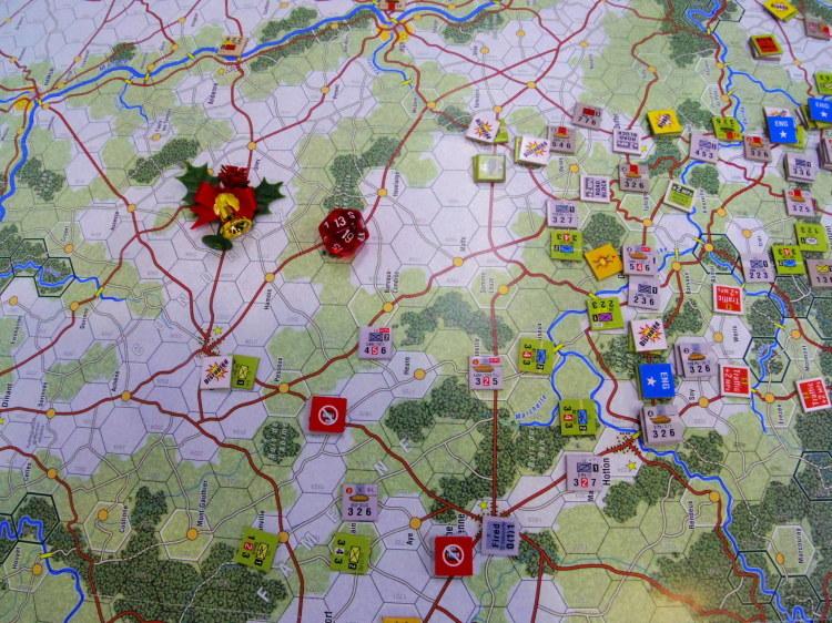 不断!30年間連続開催 第30回バルジゲーム大会その11...(GMT)アルデンヌ\'44 第三版 Ardennes\'44 3nd Edition 1/12 二日日4人戦_b0173672_10095715.jpg