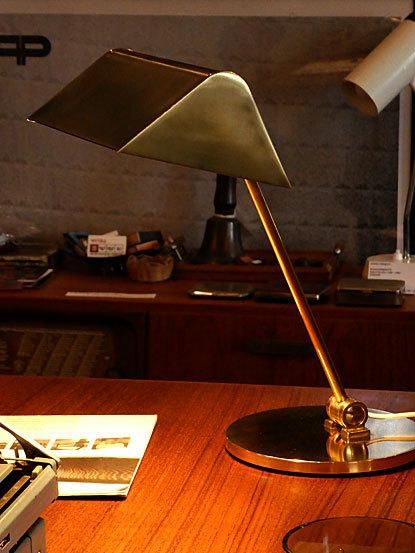 Desk lamp_c0139773_14463958.jpg