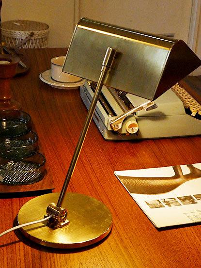 Desk lamp_c0139773_14470698.jpg