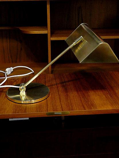 Desk lamp_c0139773_14480856.jpg