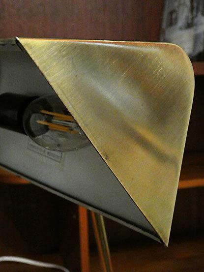 Desk lamp_c0139773_14515118.jpg