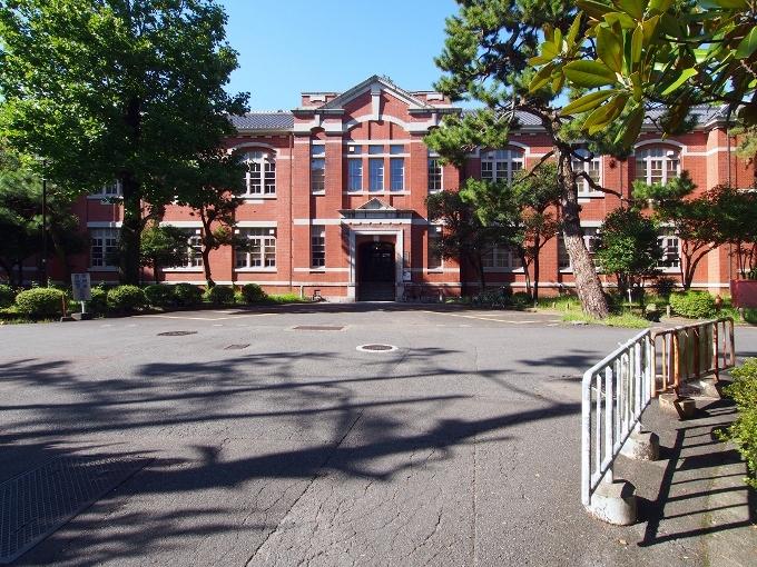 京都大学工学部土木工学教室本館_f0116479_12431713.jpg