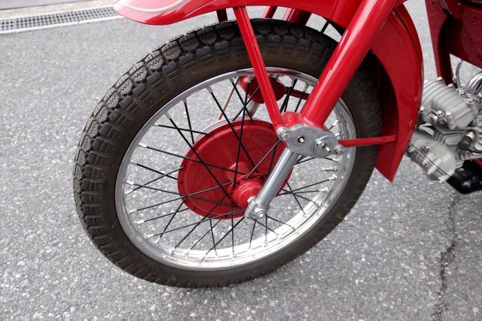 Moto Guzzi Airone Turismo 入荷。_a0208987_17590538.jpg