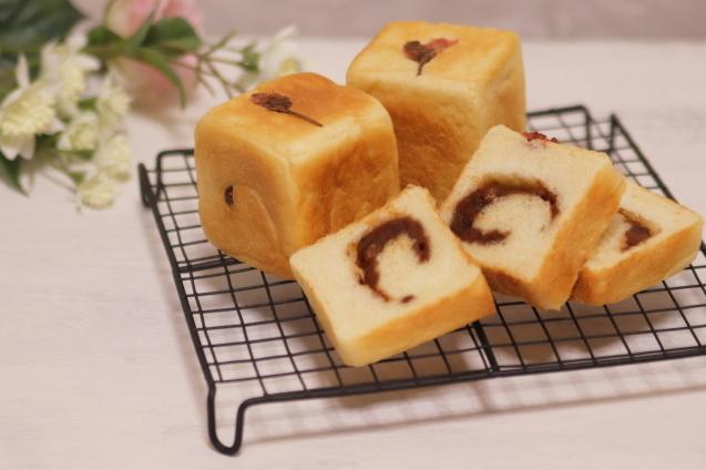 小さな角食パン☆_a0370893_22425399.jpg