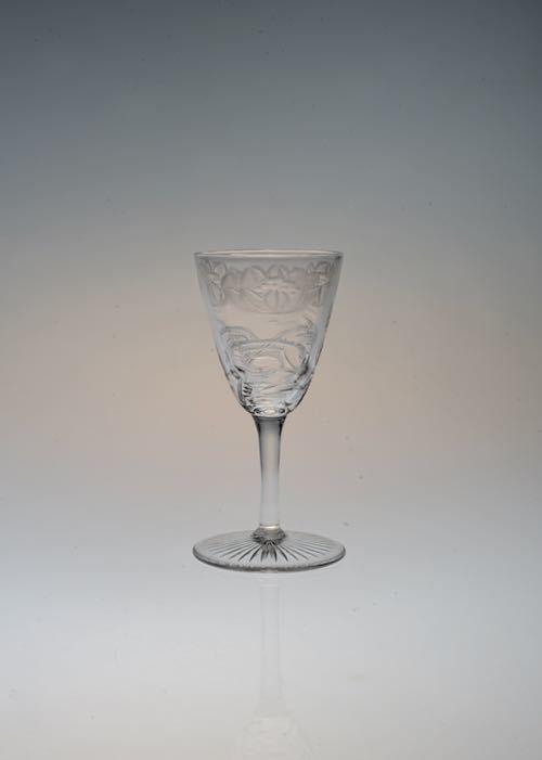 THOMAS WEBB LOTUS GRAVURE LIQUERE GLASS_c0108595_23394656.jpeg