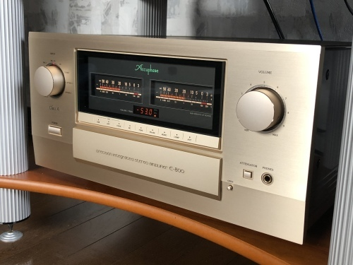 お客様訪問記【Accuphase E-800】_c0113001_22535928.jpeg