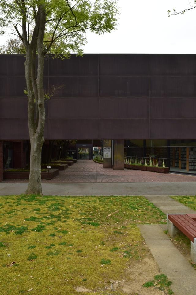 金沢市立玉川図書館・近世資料館(昭和モダン建築探訪)_f0142606_21160757.jpg
