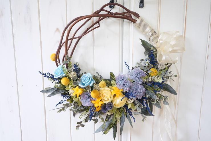 リースブーケ!ブルーのお花で。_a0136507_22121787.jpg