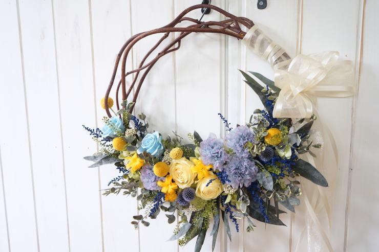 リースブーケ!ブルーのお花で。_a0136507_22123931.jpg