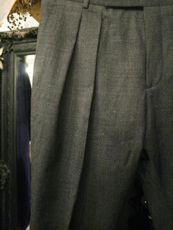 その男本厄、大厄につき 入荷マルタンマルジェラ、カルヴェンの新品、シャツ、パンツ、靴、バッグ_f0180307_03135928.jpg