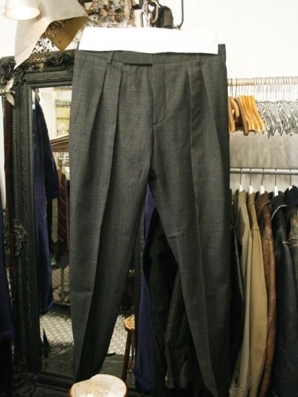 その男本厄、大厄につき 入荷マルタンマルジェラ、カルヴェンの新品、シャツ、パンツ、靴、バッグ_f0180307_03140094.jpg