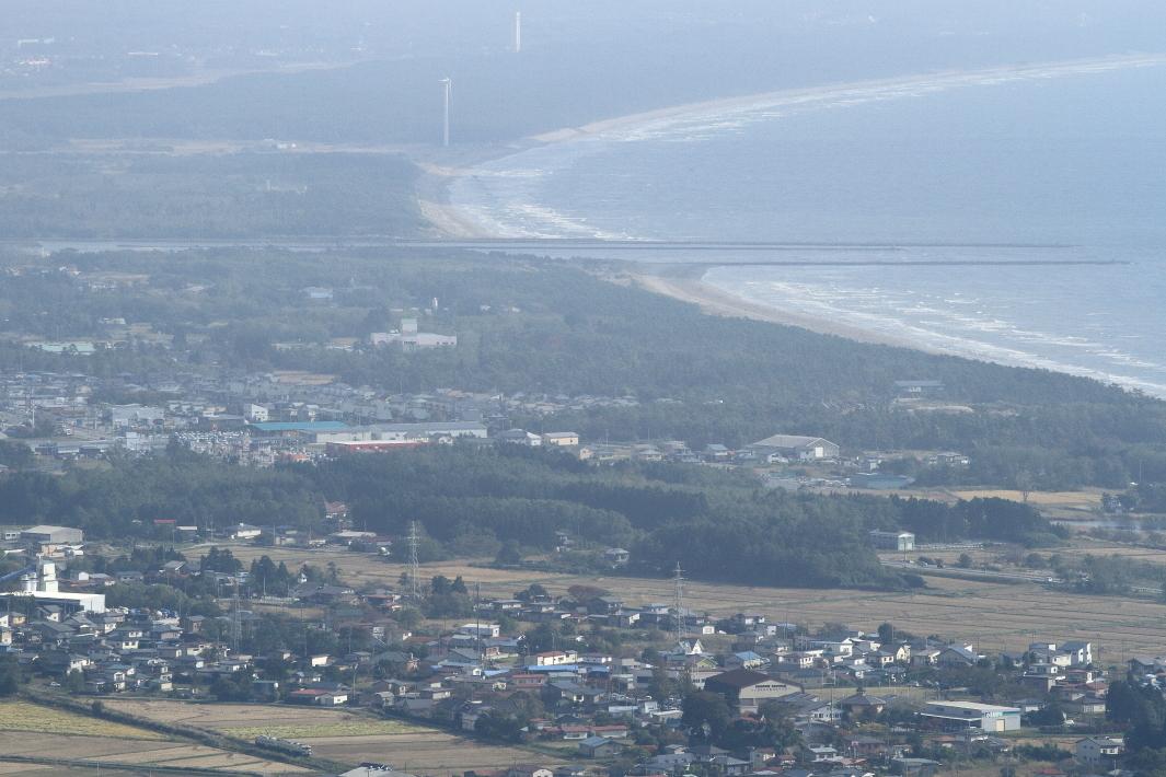 日本海に突き出す防波堤 - 2014年・男鹿線 -_b0190710_21161139.jpg