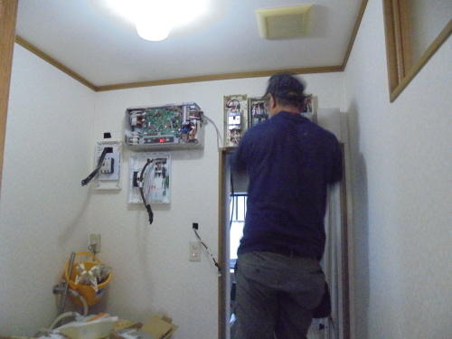 S様邸(南区向洋新町)蓄電池(フレキシブル)工事_d0125228_07320755.jpg