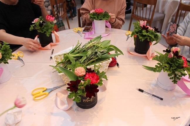 チョコレートが香るお花のWS『日比谷花壇フラワーバレンタイン』に感動♪_f0023333_21330334.jpg