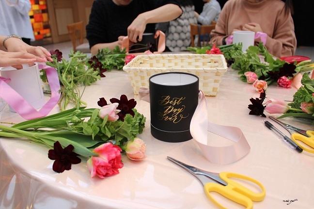 チョコレートが香るお花のWS『日比谷花壇フラワーバレンタイン』に感動♪_f0023333_21330423.jpg