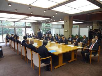 12月18日 尾張東・尾張西地区会が来年度予算に向けた要望を実施_d0225737_11332058.jpg