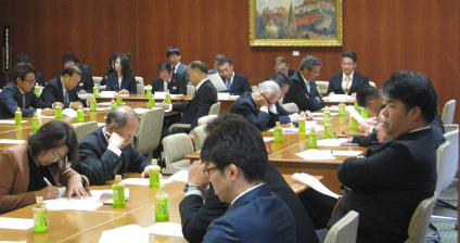 12月5日(木) 自民党保育議員連盟総会を開催_d0225737_13301167.jpg