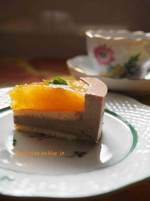 紅まどんなのチョコレートムースケーキ(ホ―ル)_e0406439_23043833.jpg