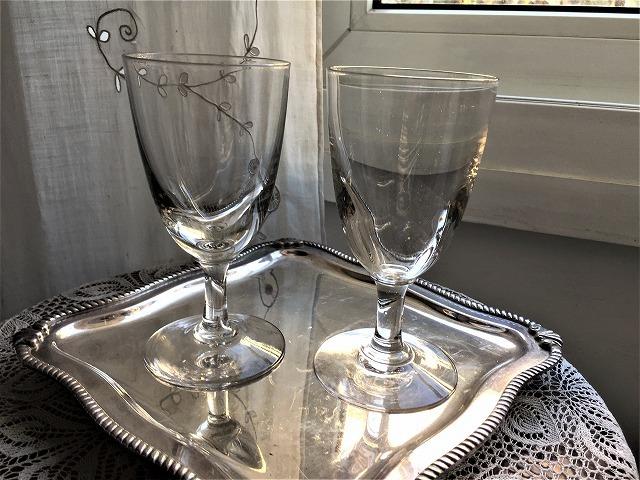 吹きガラスワイングラス111 2個セット_f0112550_03010156.jpg