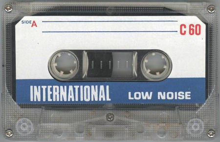 INTERNATIONAL LN_f0232256_16053678.jpg
