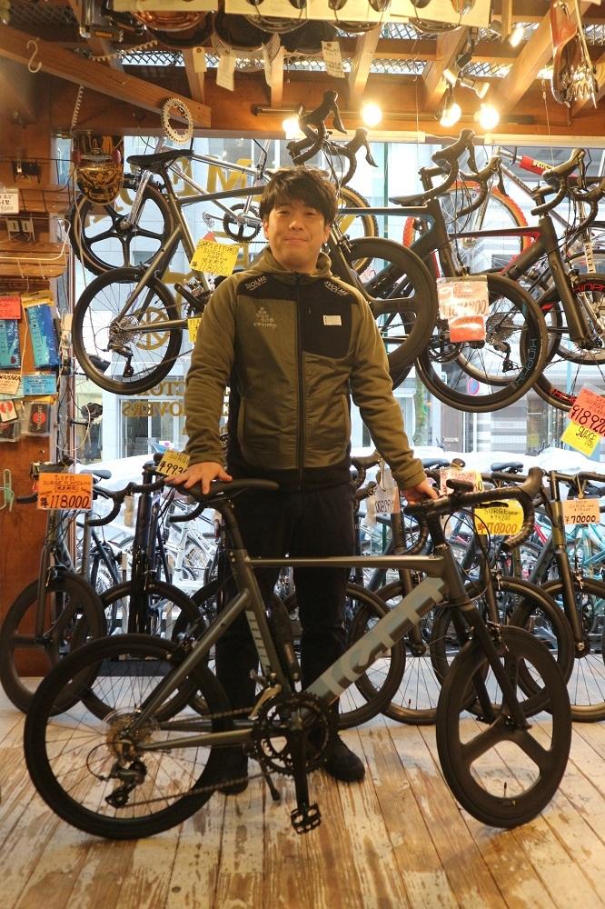 1月18日 渋谷 原宿 の自転車屋 FLAME bike前です_e0188759_18110441.jpg