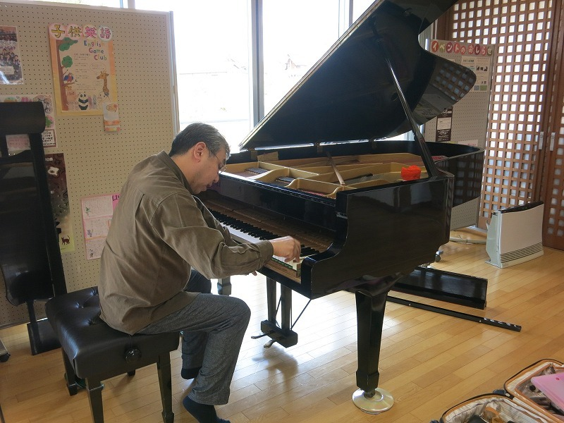 昨年の晩秋になりますが、ピアノの保守・点検をしていただきました。_d0159273_09093615.jpg