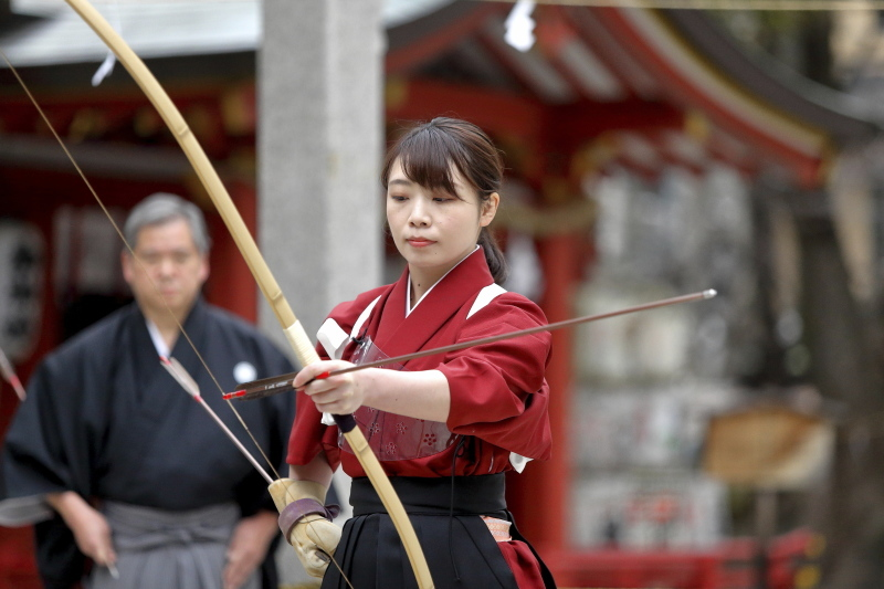 御霊神社 お弓神事_c0196076_08081258.jpg