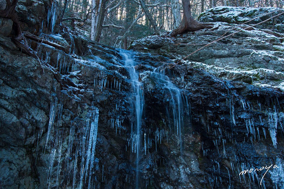 厳冬の滝_c0085877_06065992.jpg